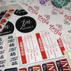 Etiquetas Autoadhesivas para Confección y Vestuario